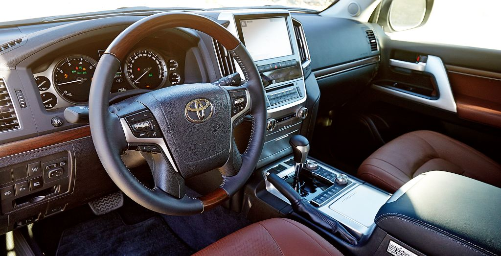 2017 Toyota Land Cruiser Review Wheels