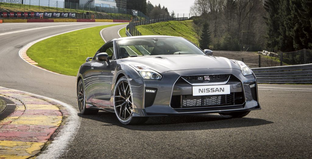 2017 Nissan GT-R tested - Wheels