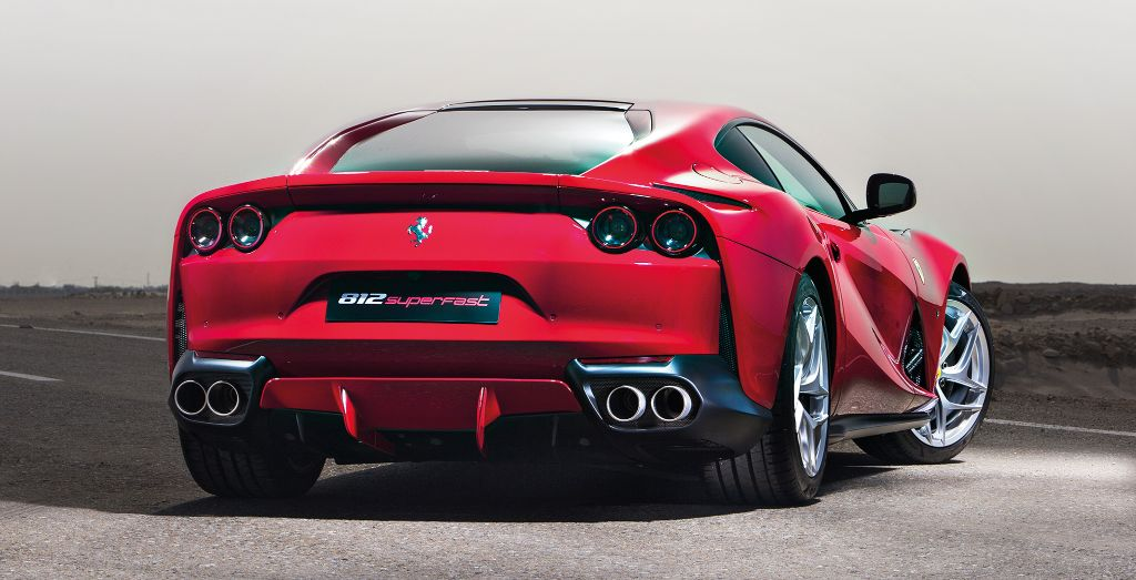 Ferrari 812 Superfast Back On Form Wheels