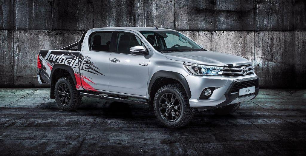 2017 Frankfurt motor show: Toyota Hilux 'Invincible 50' - Wheels