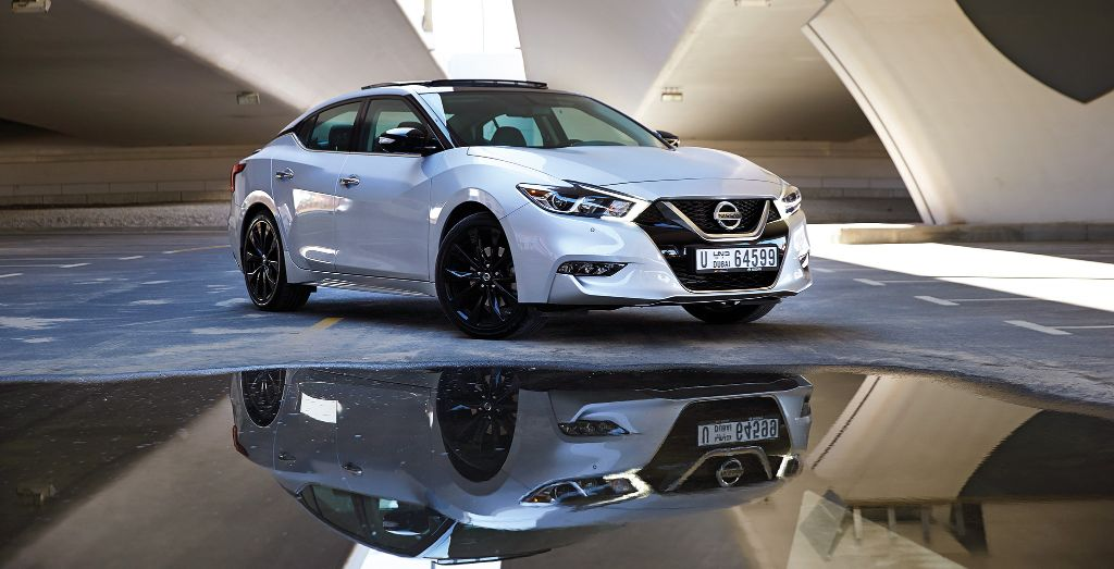 2018 Nissan Maxima Sr Midnight Edition Sporting