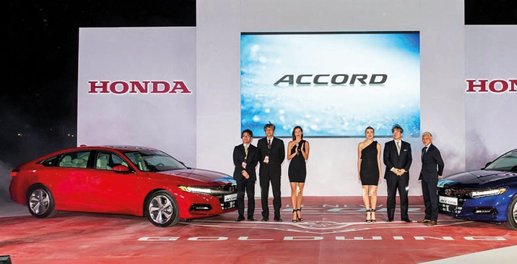 2018 Accord Launched In Uae Battle Of The Mid Size Saloons Wheels