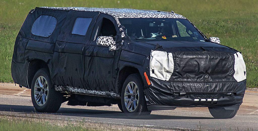 2020 Chevrolet Suburban spied - Wheels